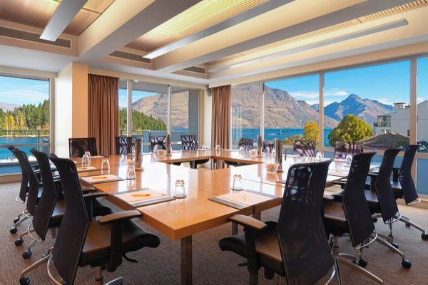 Crowne-Plaza-Queenstown-05.jpg